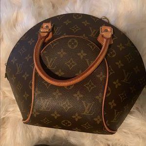 Louis Vuitton Ellipse PM bag